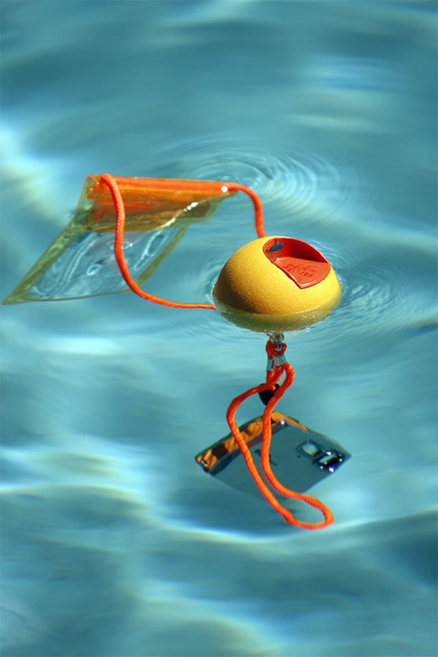 JellyFish ジェリーフィッシュ フロートボール・ストラップは水に浮く