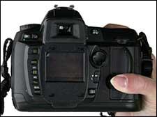 液晶シェードフレームがカメラの液晶モニターを保護
